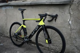 Велосипед Twitter Cyclone 2.0 Disc (Shimano 105, Carbon) Black Yellow